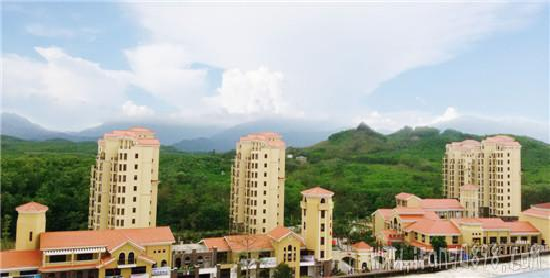 海南大溪地住宅小区实景图